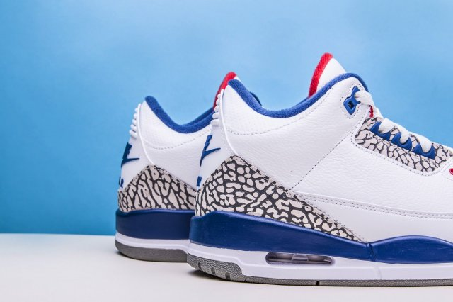 Air Jordan III Retro 'True Blue'