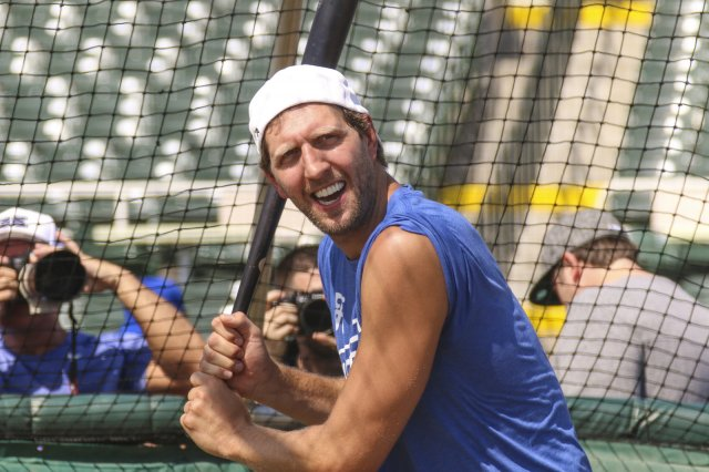 2017 Dirk Nowitzki Heroes celebrity baseball game