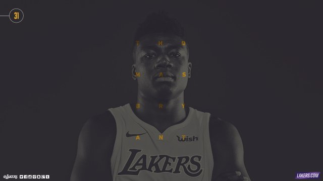 Thomas Bryant Lakers 2017/18 Wallpaper 2560x1440