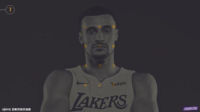 Larry Nance Jr Lakers 2017/18 Wallpaper 2560x1440