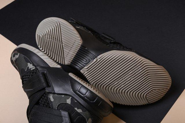Обзор Nike Zoom Soldier XII