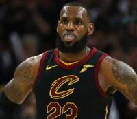 ЛеБрон Джеймс в четвертый раз подряд расположился на первом месте в списке самых богатых игроков НБА