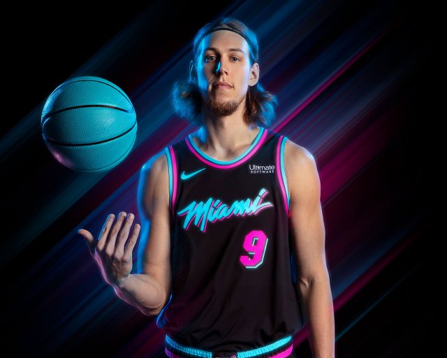 Kelly Olynyk Heat 2018 Wallpaper 1280x1024