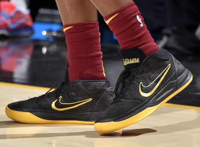 Collin Sexton: Nike Kobe A.D. Mid