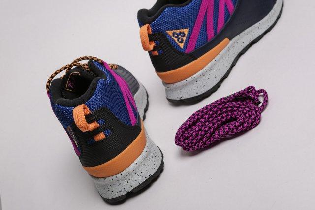 Кроссовки, в которых можно ходить по лужам