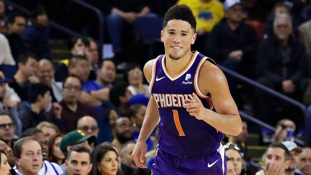 Сын экс-защитника «Химок» бьет рекорды НБА. 50 очков в двух играх подряд — это вообще нормально?