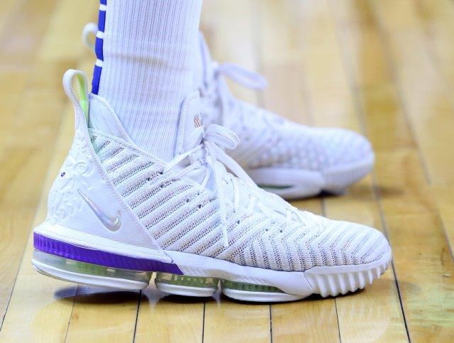 Kadeem Allen: Nike LeBron 16