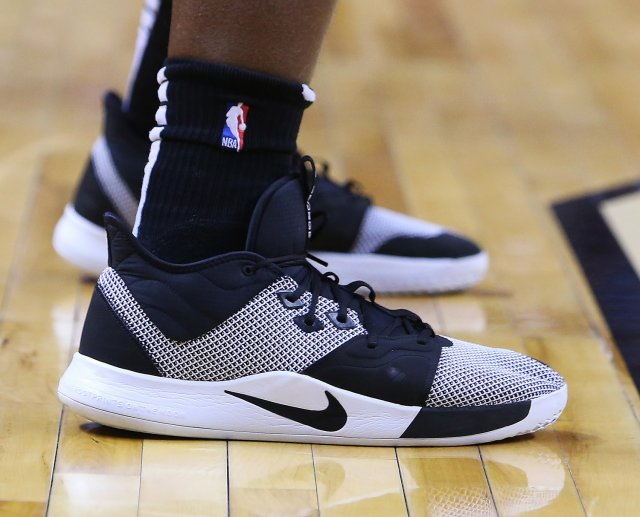 OG Anunoby: Nike PG 3