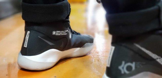 Nike Zoom KD12 — бесконечная энергия на площадке