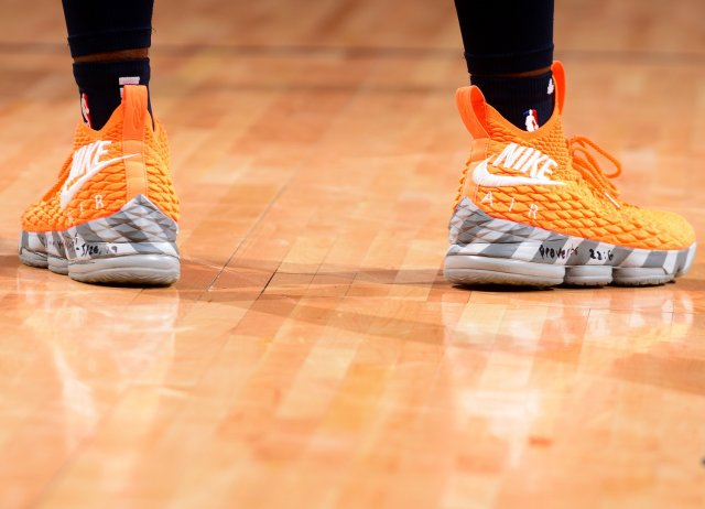 Malik Beasley: Nike LeBron 15