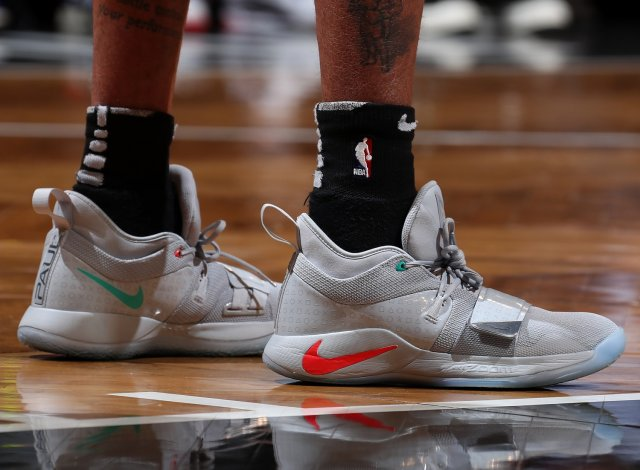 D'Angelo Russell: Nike PG 2.5