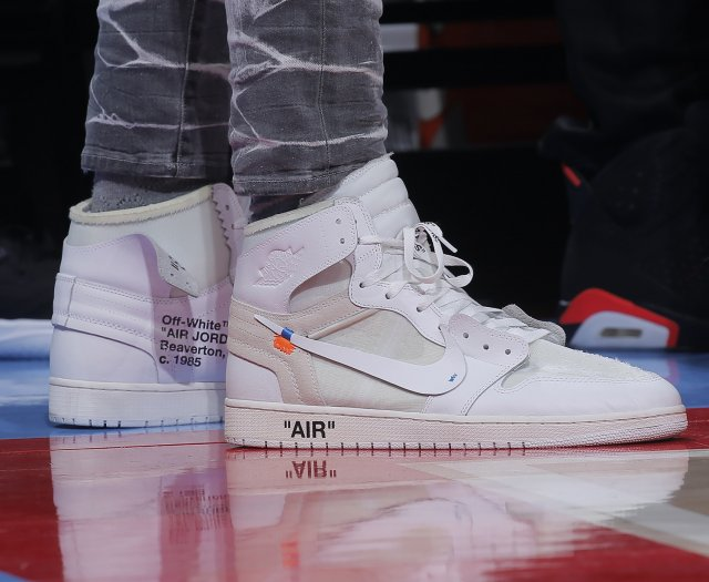 Anthony Davis: Off-White x Nike Air Jordan I Retro