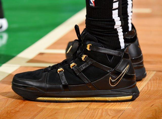 Marcus Morris: Nike Zoom LeBron 3