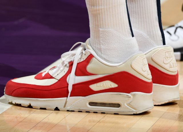 Thabo Sefolosha: Nike Air Max 90
