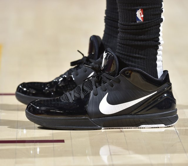 DeMar DeRozan: Nike Zoom Kobe 4 Protro