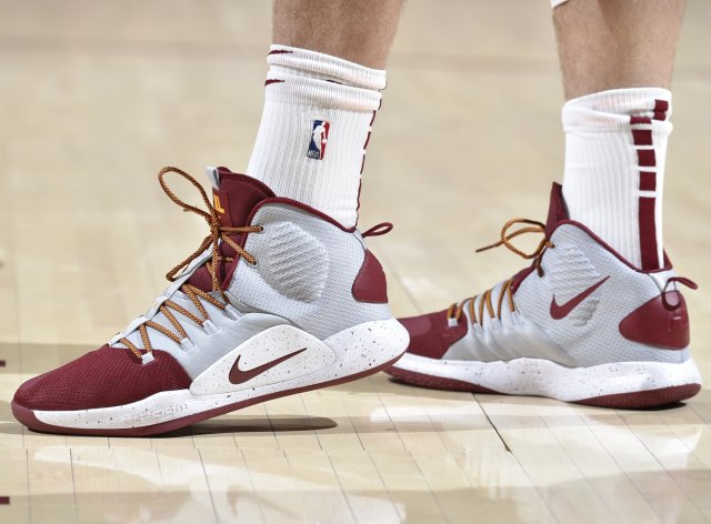 Kevin Love: Nike Hyperdunk X