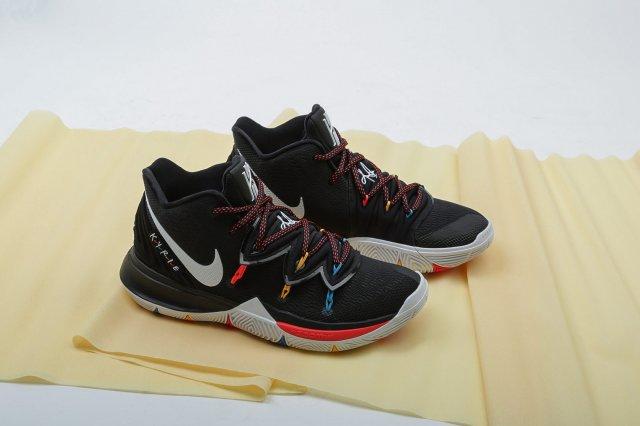 Сериалы и Nike Kyrie 5 — «Bleacher Report» представляют