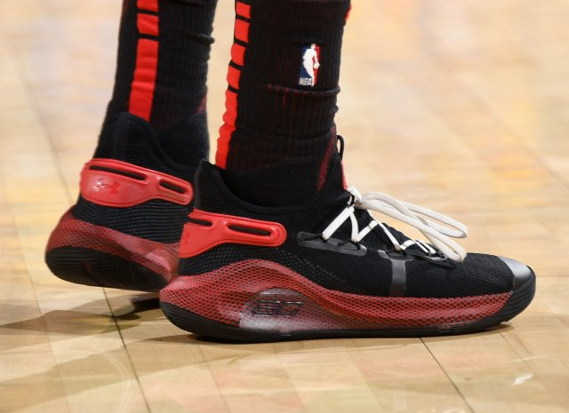 Seth Curry: Under Armour Curry 6