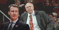 «Денвер» расстался с ассистентами главного тренера Марком Прайсом и Бобом Вейсом