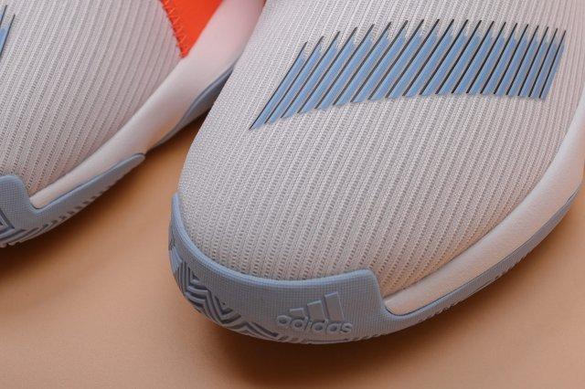 Обзор adidas Harden B/E 3