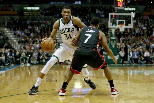 «Филадельфия» против «Милуоки»: кто круче из контендеров Восточной конференции НБА?