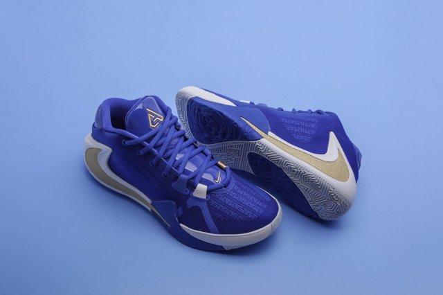 Nike Zoom Freak 1 Greece — почувствуй греческую культуру