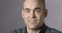 Джон Холлинджер вернулся в журналистику после 7 лет в офисе «Мемфиса»
