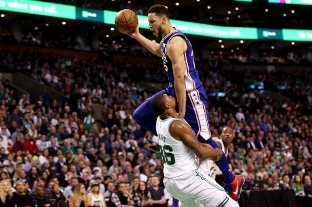 Семь вопросов о первом трехочковом Бена Симмонса в НБА