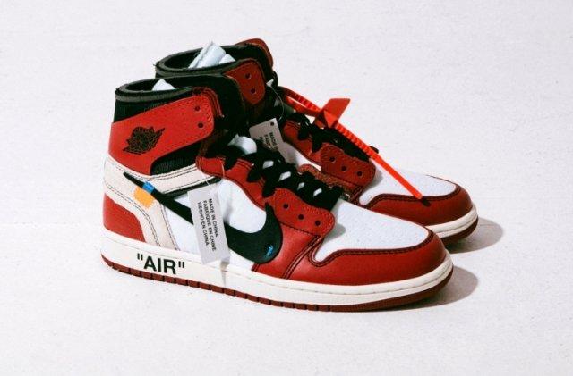 В США изъяли почти 15 000 поддельных кроссовок Nike и  Jordan