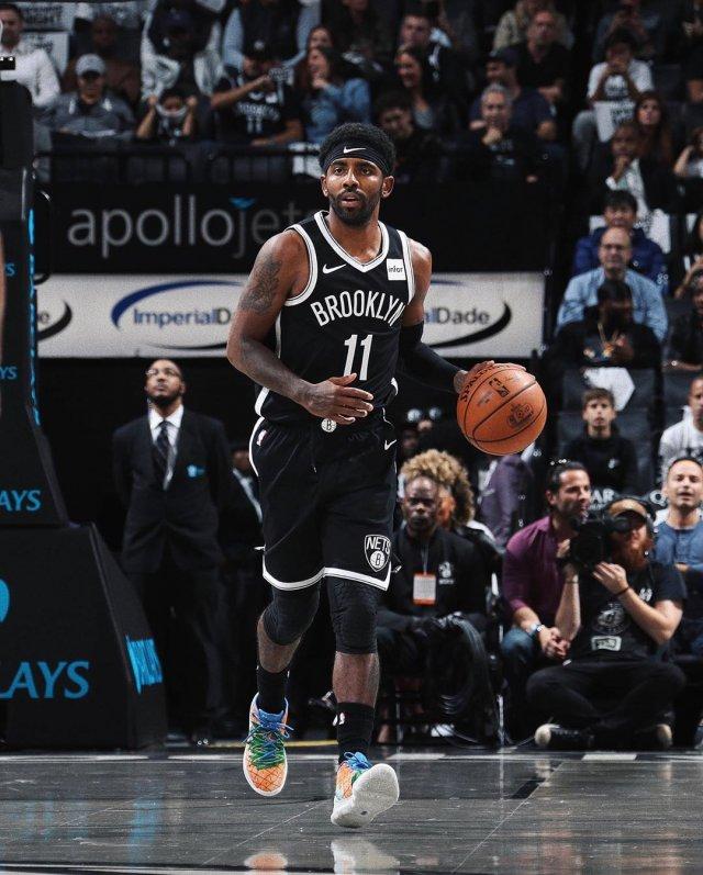 Nike Kyrie 5 Pineapple House — феноменальный дебют на паркете НБА