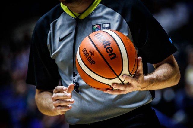 Правила игры в баскетбол кратко и ясно по пунктам: основные моменты для обучения школьников