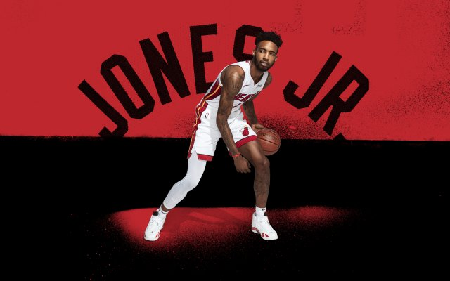 Derrick Jones Jr Heat 2020 Wallpaper 2880x1800